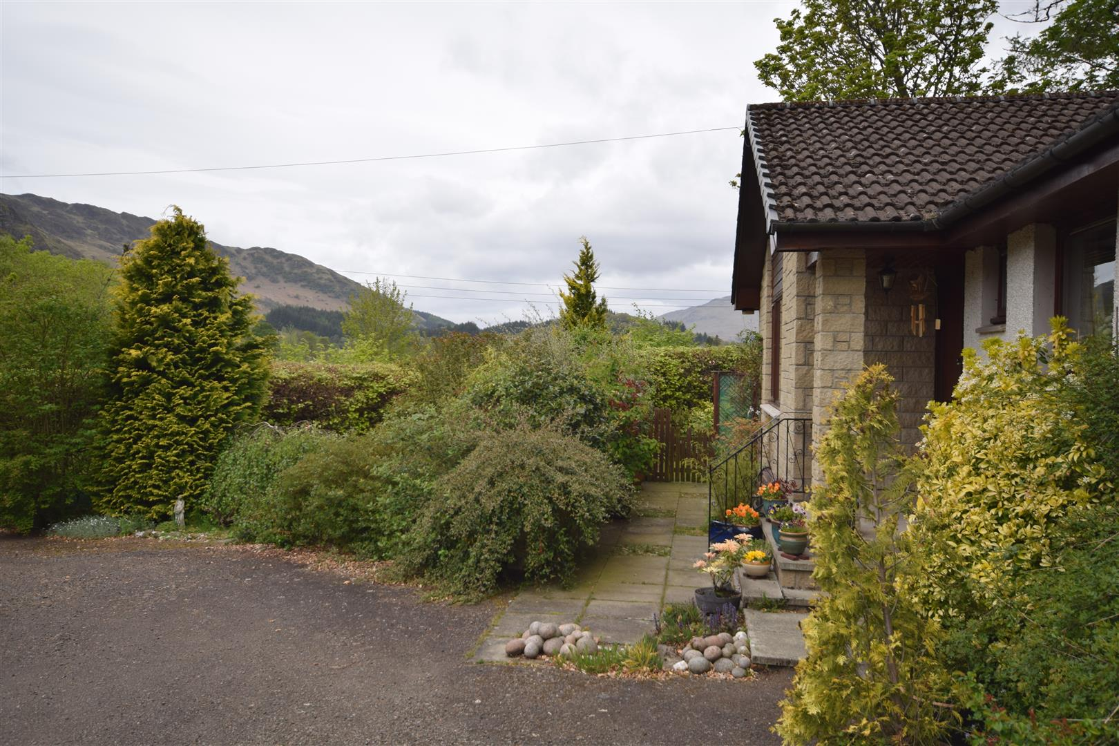 Tynreoch Bungalow, St. Fillans, Crieff, Perthshire, PH6 2NH, UK